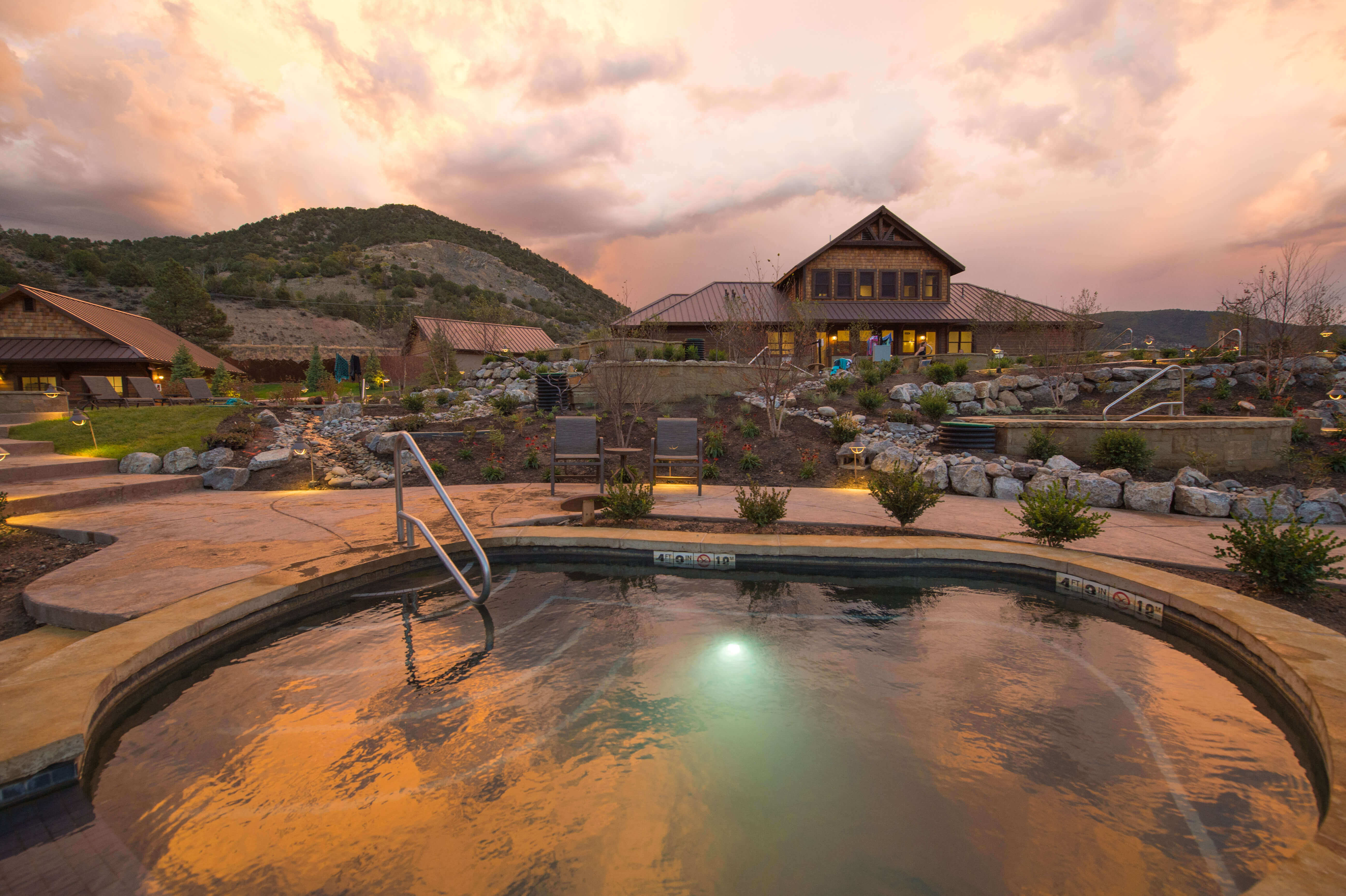 Iron Mountain Hot Springs and Bathhouse at Sunset