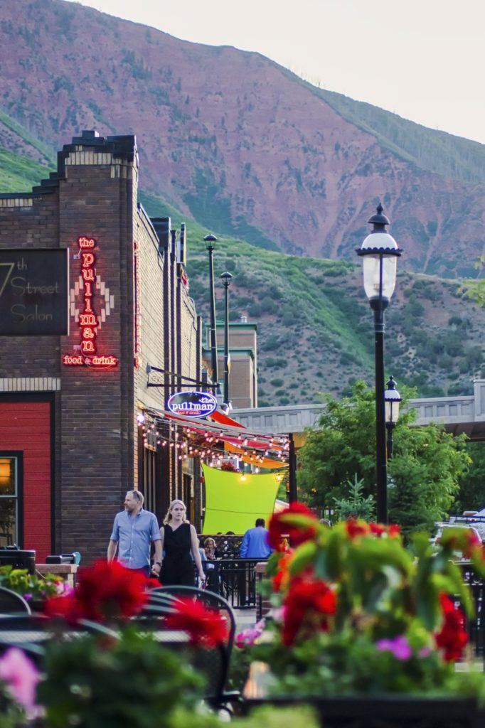 There are many options for outdoor dining in Glenwood Springs